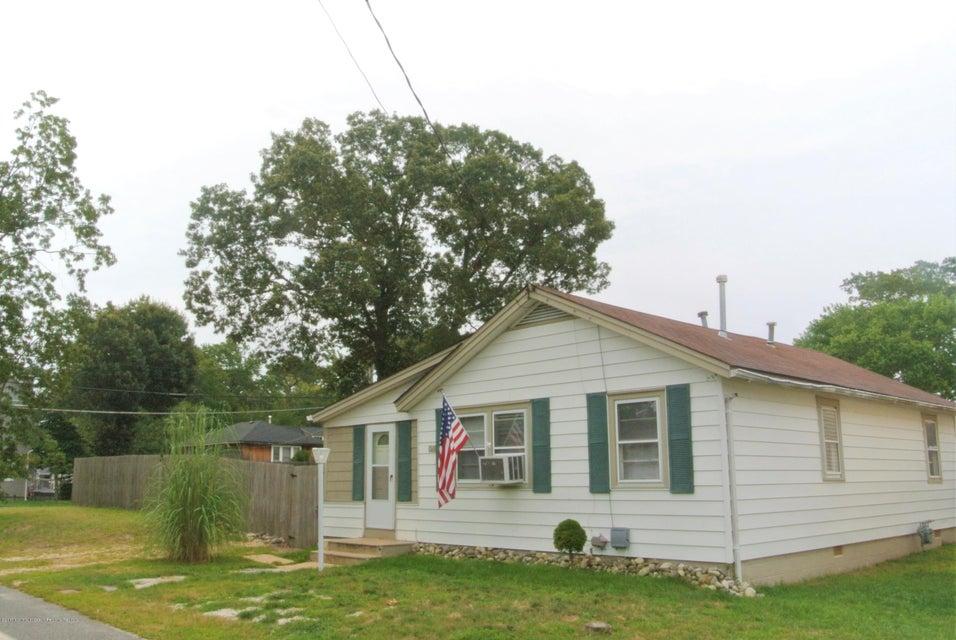 648 E Long Branch Avenue, Ocean Gate, NJ 08740