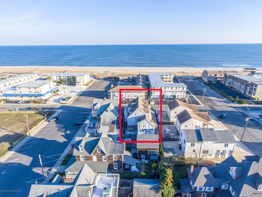 Additional Photo For Property Listing At 204 Atlantic Avenue Beach Haven New