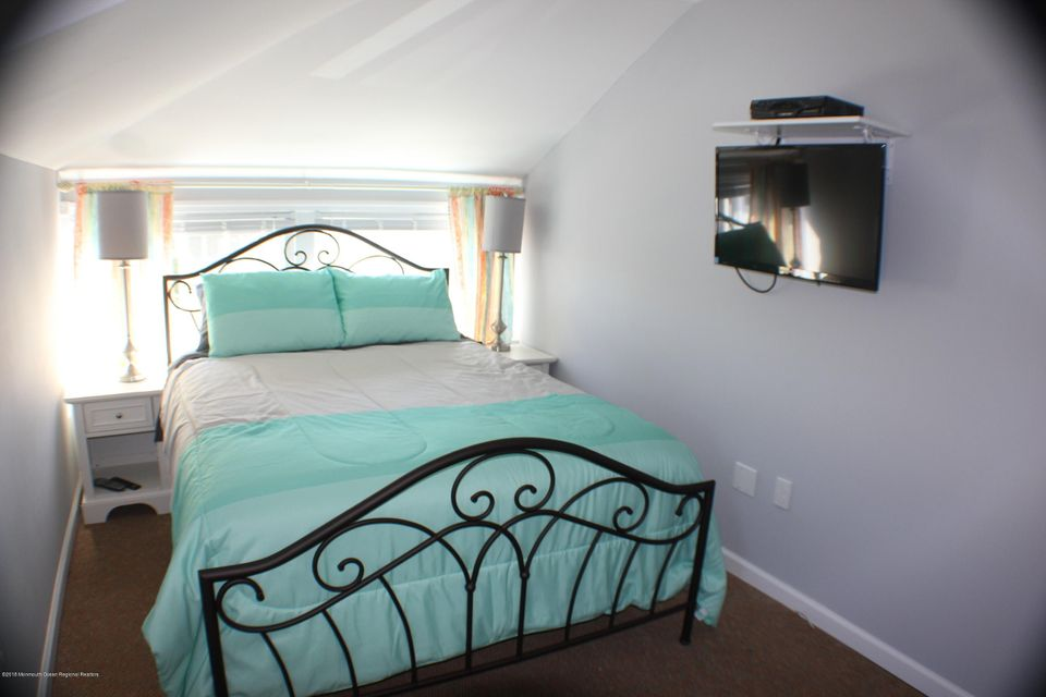 Second Master Bedroom