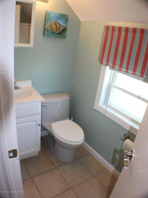 1/2 Bath on Bedroom Level