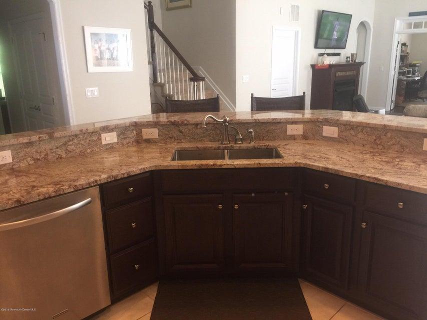 Kitchen breakfast bar with sink