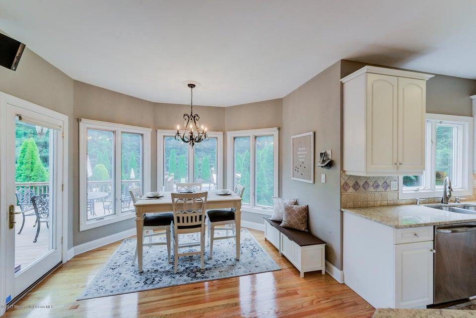 3 Boxwood Terrace, Holmdel, NJ, 07733   Crossroads Realty