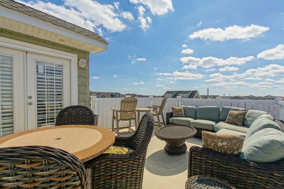 2 Nichols Avenue, Ortley Beach, NJ, 08751 - SOLD LISTING, MLS ...