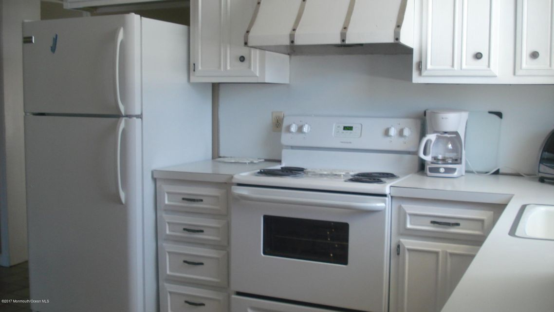 Residential Rental for sale in Mantoloking, New Jersey, 21818123