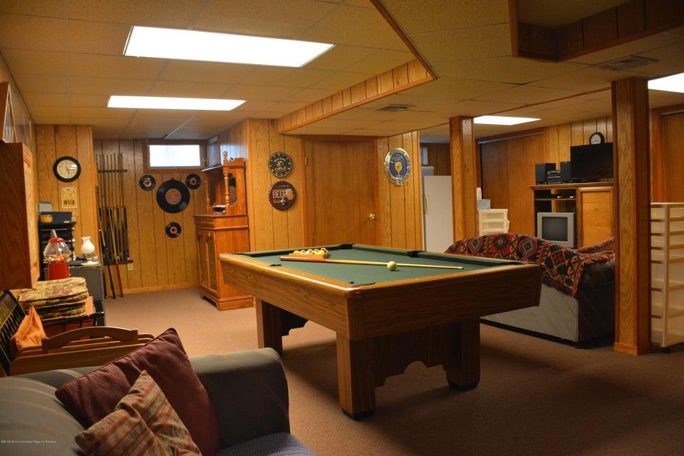 Saint Georges Road East Brunswick NJ SOLD LISTING MLS - Brunswick ashton pool table