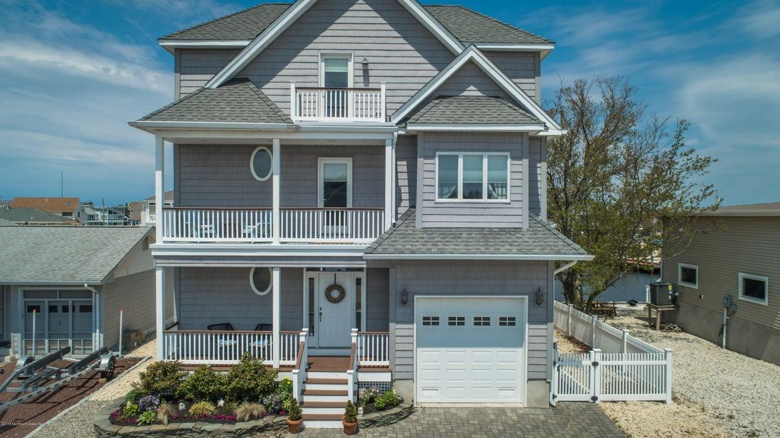 Lanoka harbor waterfront homes for sale ocean county nj for Jersey shore waterfront homes for sale