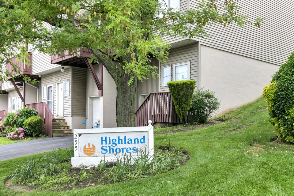 255 Shore Drive #11