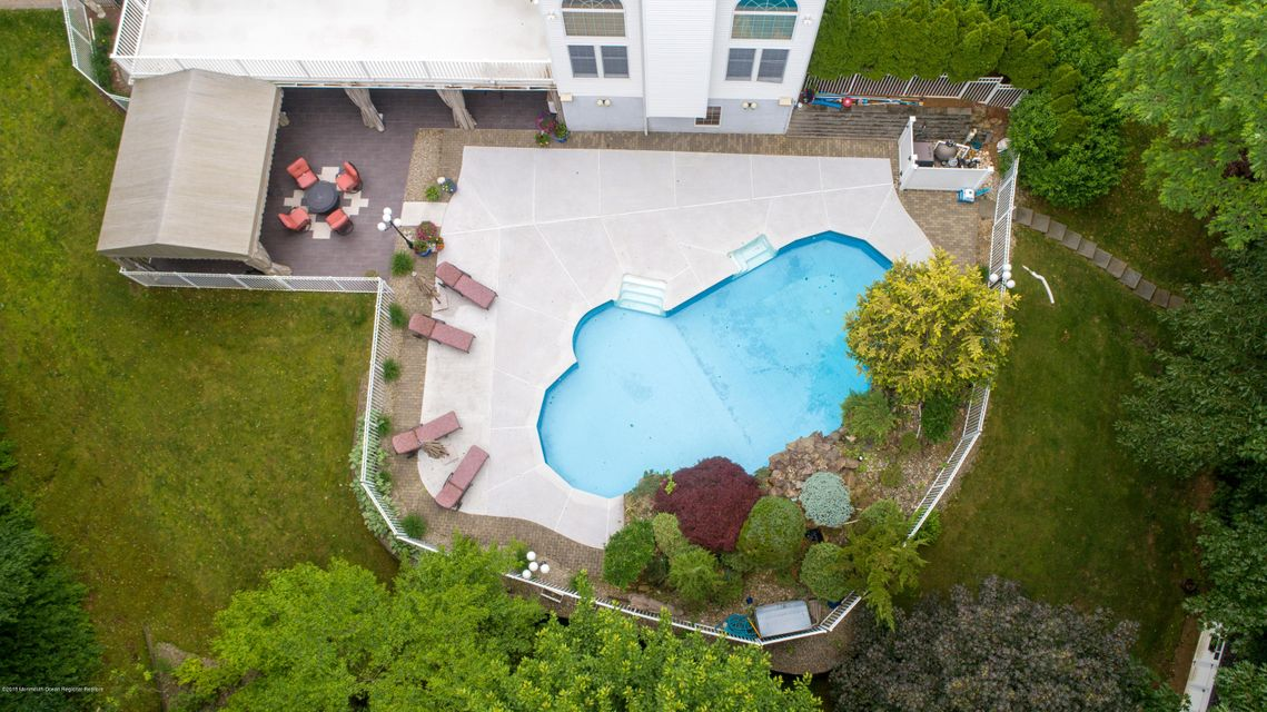 In-ground , Heated Pool