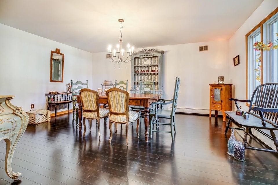 015_Dining Room