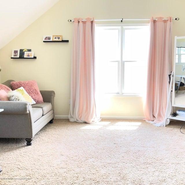 Master sitting room-office2