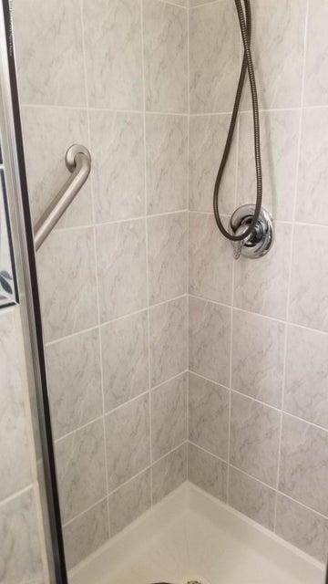 bath lower shower