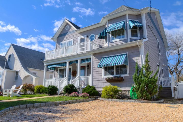 221 Baltimore Avenue, Point Pleasant Beach, NJ 08742