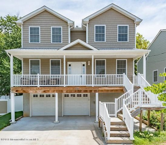 Shelter cove waterfront neighborhood toms river nj for Jersey shore waterfront homes for sale