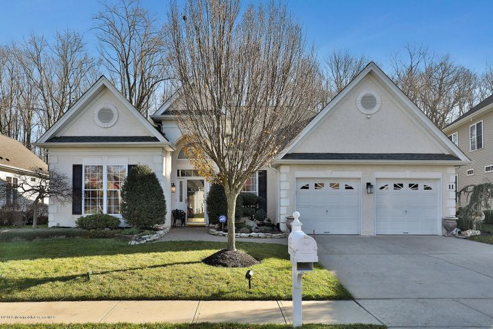11 Quincy Court, Freehold, NJ 07728