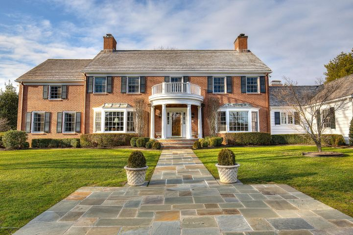 Possibly the most primier location in all of Rumson. Beautiful Sycamore Lane