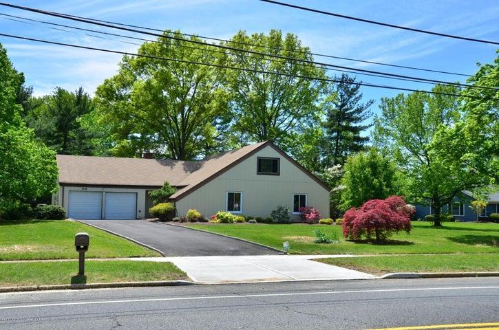 705 Elton Adelphia Road, Freehold, NJ 07728
