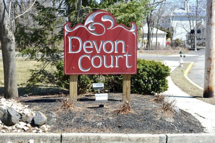 18 Devon Court, Spring Lake Heights, NJ 07762