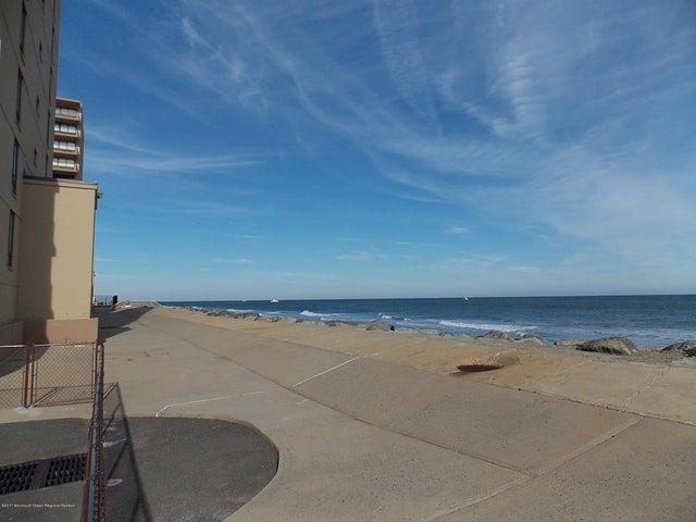 45 Ocean Avenue, 2a, Monmouth Beach, NJ 07750