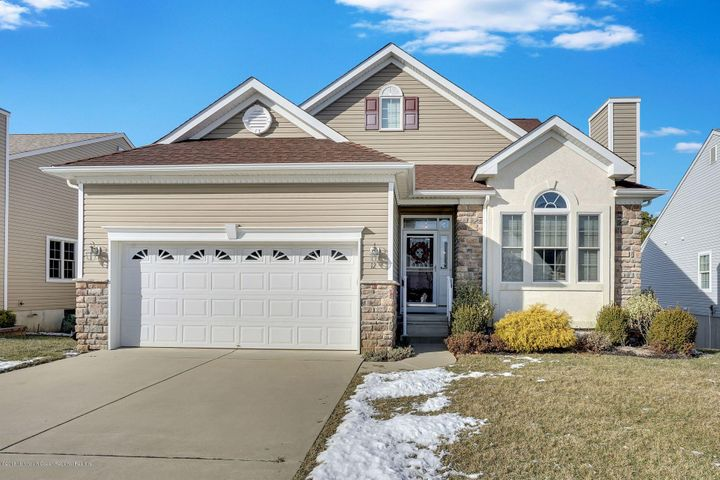 Beautiful Three Bedrm Southwind Model w/Loft, Full Walk-Out Basement & Backs Up To Woods. Offers Gourmet Kitchen w/Granite C/Tops, Custom Breakfast Counter, Tile Flrs. Double Ovens, Cook Top Range, S/S Appl, Family Rm w/Vaulted Ceilings, Recessed Lighting, Living & Dining Rm.w/Wood Flrs. Gas Fireplace, Entry Foyer & Hall w/Wood Flrs. Sunroom w/Tile Flrs. Vaulted Ceilings & Sliding Doors To Large Outside Deck. Master Bedroom w/Full Bath & Walk-in Closet. Master Bath w/D.S. Vanity, Soaking Tub & Stall Shower. Second Flr. Loft w/3rd Bedrm, Full Bath & Lots of Closets. Blinds, Ceiling Fans. Walk-up Storage Over 2 Car Garage.Private Rear Yard. Located in Greenbriar Oceanaire Golf & Country Club w/18 Hole Golf Course,Clubhouse, In & Outdoor Pools,Fitness Center,Restaurant w/Pub. & Much More