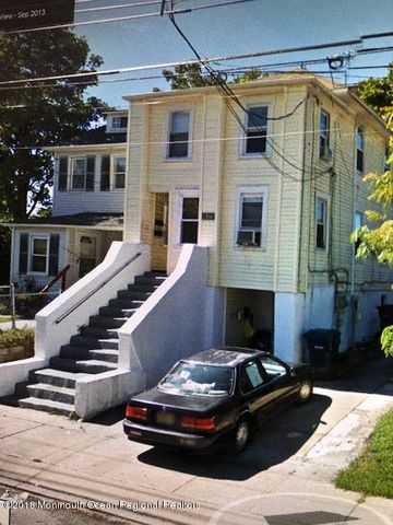 Great 3 family with a 3 bedroom, 2 bedroom and 1 bedroom. Tenants pay Electric and gas.. Landlord pay water $960, Sewer $750, And insurance of $1,200.. All annual and appx expense.
