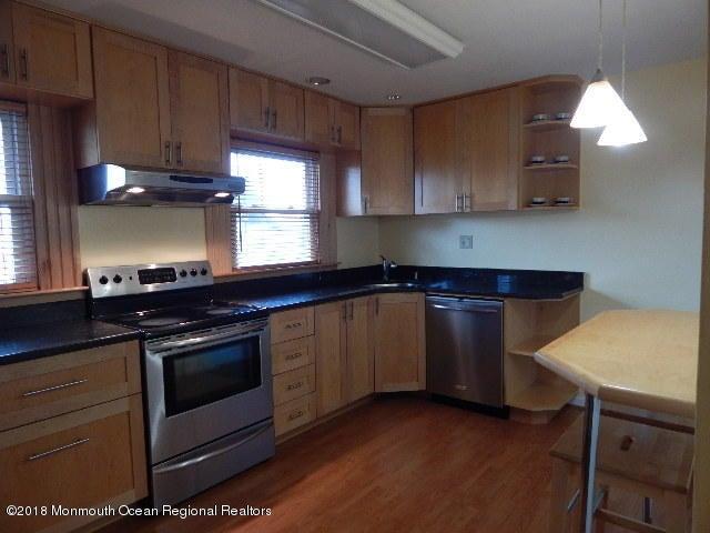 35 Davison Avenue, Jamesburg, NJ 08831