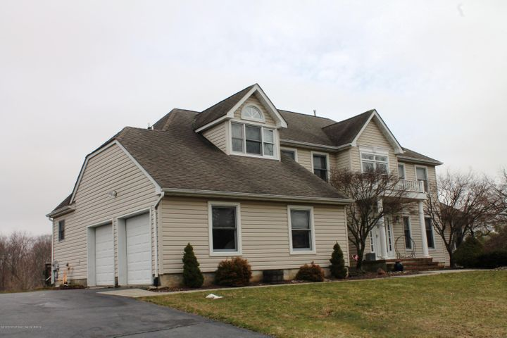 36 Steeple Chase Road, Millstone, NJ 08535