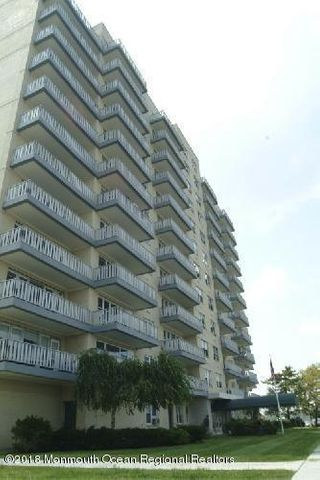 All Utilities Included! And a 20'x6' private terrace comes with this spacious 1 Bedroom condo. Sunny southern exposure. Just blocks to the beach & boardwalk. Pool, on-site laundry. Basic cable included in HOA fee. Building allows cats (sorry, no dogs.)Good sized rooms, redone hardwoods, attractive kitchen. Wait list parking for deck and garage.