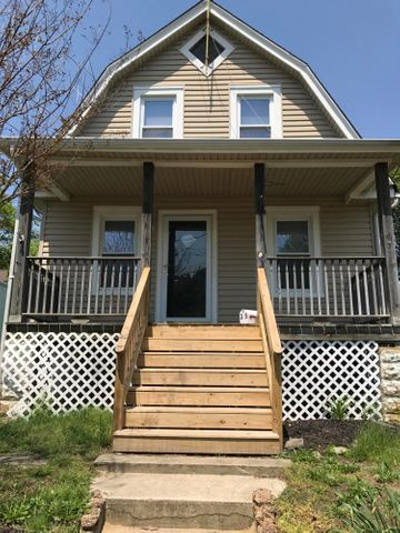 Newly renovated 4-5 bedroom home in great neighborhood.  Near 36 and 4 blocks from the beach.  Nice big kitchen, dining room area, washer/dryer.  Rocking chair porch with nice backyard.  Just finished renovations and ready for new tenants!