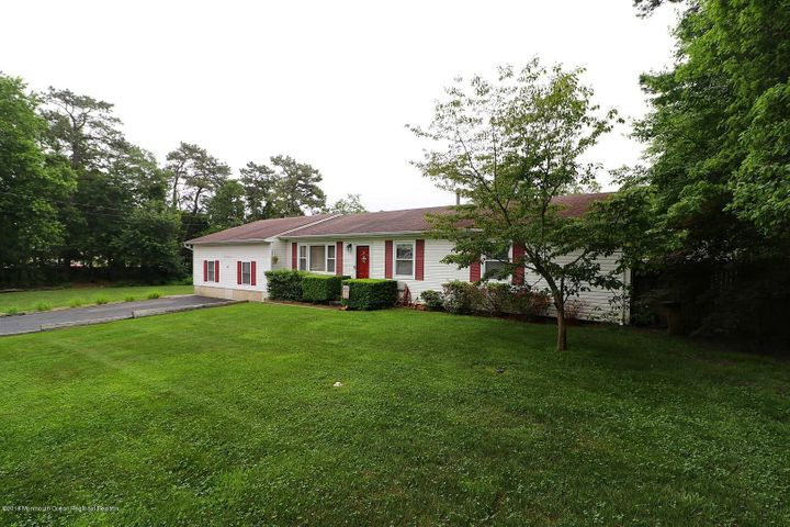 616 9th Avenue, Toms River, NJ 08757