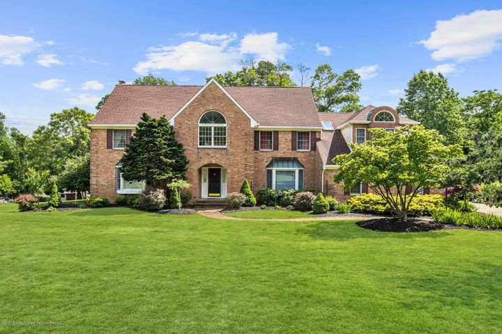 27 Chestnut Drive, Colts Neck, NJ 07722
