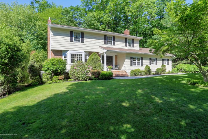Situated on one of the most prettiest lots in Kent Estates sits this beautiful & Pristine Colonial.