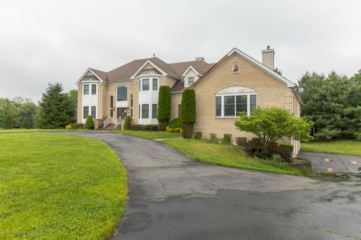 16 Shady Tree Lane, Colts Neck, NJ 07722
