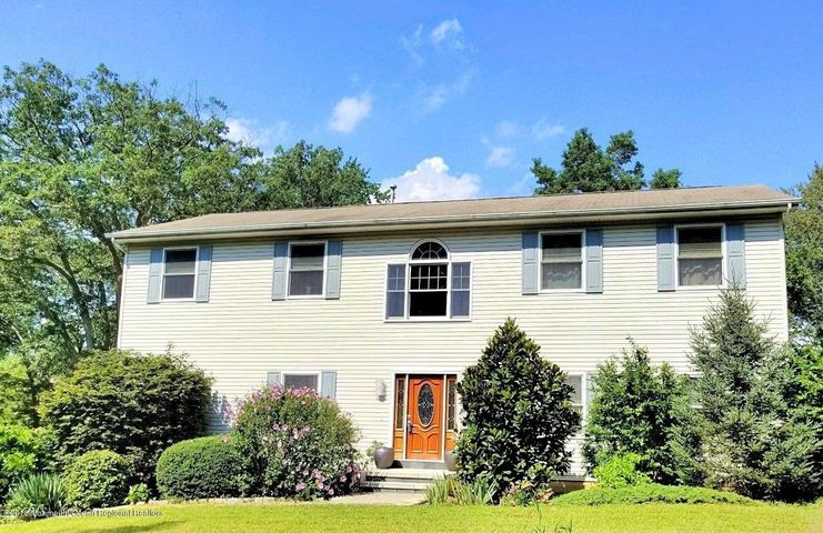 731 Perrineville Road, Millstone, NJ 08535