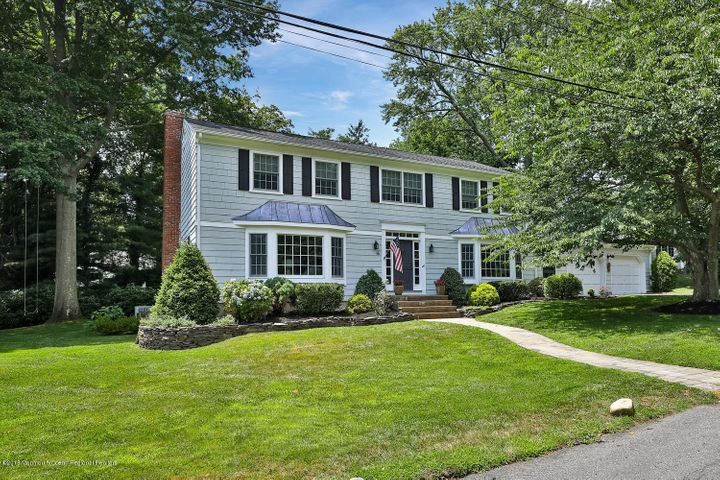 6 Crabapple Lane, Rumson, NJ 07760