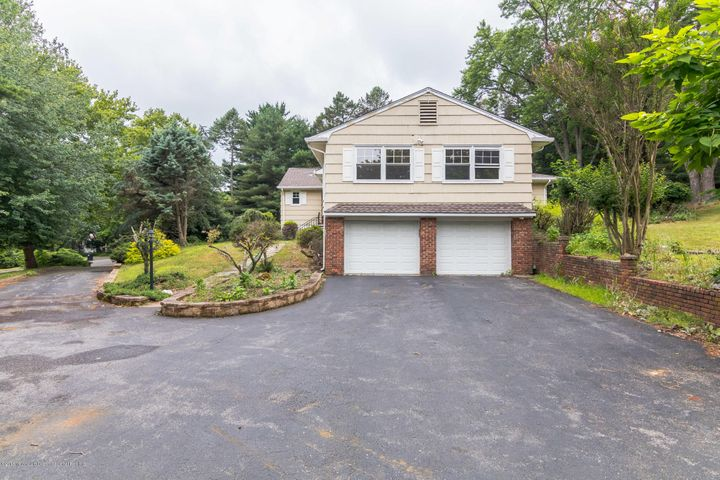 6 Locust Place, Colts Neck, NJ 07722