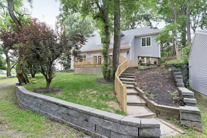 2262 Allenwood Road, Allenwood, NJ 08720