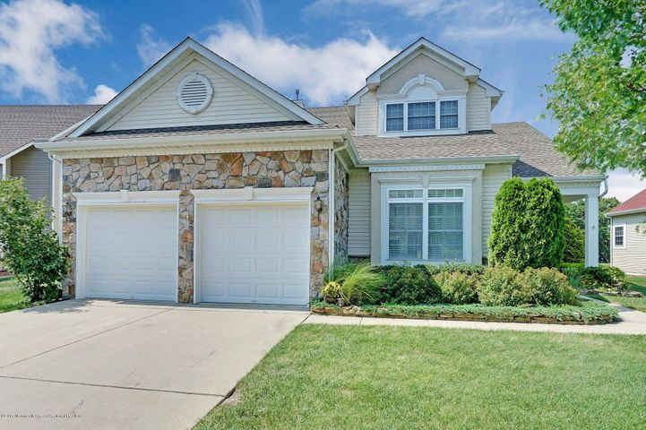 Grand Cypress Model w/Loft. Backs Up To Woods.Home Features:Kitchen w/White Cabinets, Stone C/Tops, Wood Floors. Dinette w/Sliding Doors to Patio, Family Rm. w/Gas Double Sided Fireplace & Vaulted Ceilings, Sunroom w/Gas Fireplace, Tile Flrs. & Lrg. Sliding Doors To Patio. Dining Rm, Living Rm w/Wood Flors. Master Bedroom w/Try Ceilings, Walk-In Closet, Master Bath w/Stall Shower & Whirlpool Tub. Second Floor Loft w/Balcony, 3rd Bedrm. & Full Bath, All Appliances & Washer & Dryer, All Window Treatments & Blinds, Walk-Up Storage over Garage, New Roof. Located In Greenbriar Oceanaire Community w/18 Hole Golf Course,Clubhouse w/Indoor & Outdoor Pools,Spa,Fitness Center,Pro Shop,Driving Range,Restaurant w/Pub.Much More.