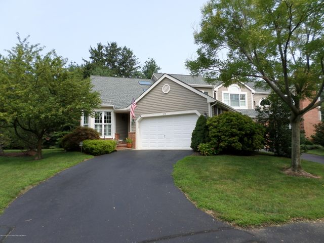 258 Clearbrook Court, Little Silver, NJ 07739