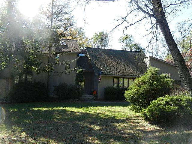 1 Brushneck Road Marlboro, NJ - $435,000