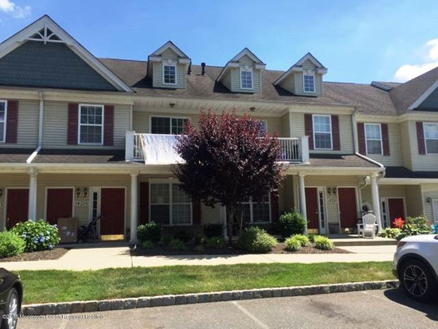 16 Oxford Court, 108, Englishtown, NJ 07726