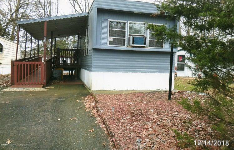 21 Antonia Drive, Jackson, NJ 08527