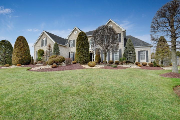1 Country View Drive, Freehold, NJ 07728