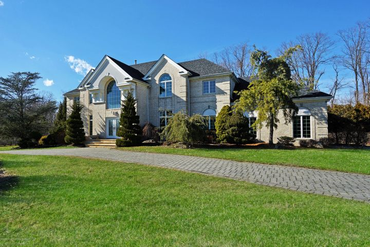 38 Blue Hills Drive, Holmdel, NJ 07733
