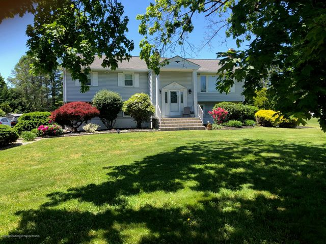 9 Parkside Avenue, Freehold, NJ 07728