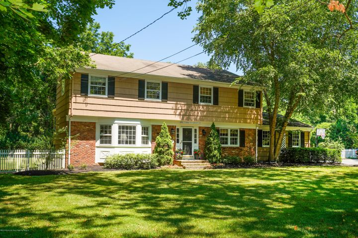 23 Hance Road, Fair Haven, NJ 07704