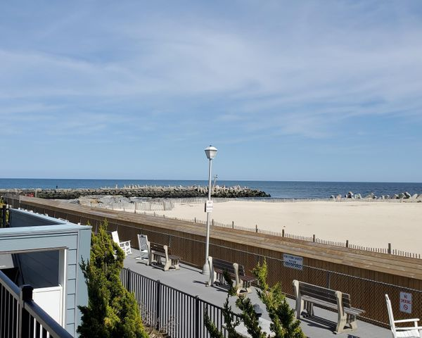 11 Harborhead Drive, Point Pleasant Beach, NJ 08742