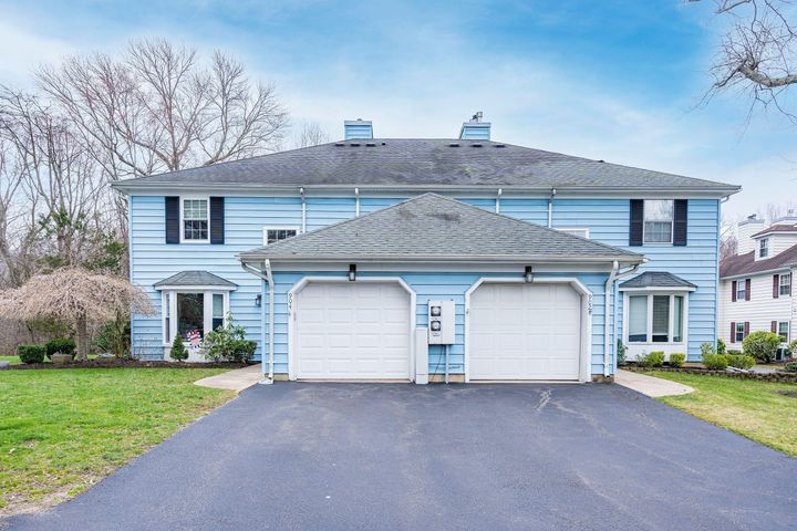 904 Buckingham Circle, Middletown, NJ 07748