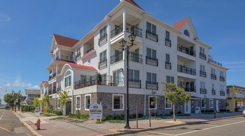 1 Boulevard, D, Seaside Heights, NJ 08751