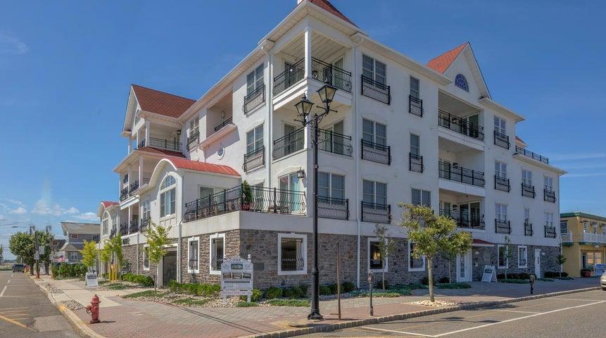 1 Boulevard, D, Seaside Heights, NJ 08751