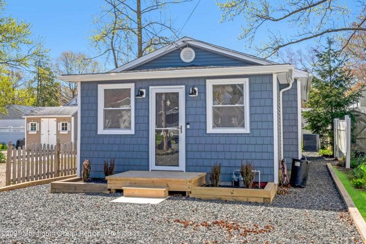 340 E Long Branch Avenue, Ocean Gate, NJ 08740
